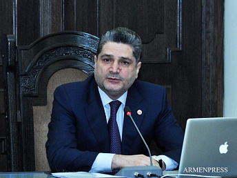 Armenia complies with its fiscal obligations: PM says