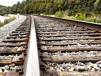 SCR calls on citizens to follow safety rules at railroad