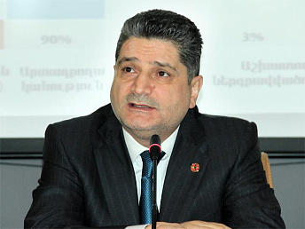 Armenian pm thanks all for assisting Syrian Armenian children