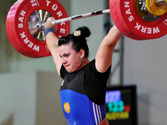 Armenian weightlifter Hripsime Khurshudyan wins bronze in London
