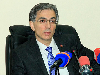 Armenia's Economy Minister says there is no tendency in 40% foreign investments drop
