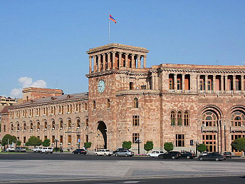 Armenian government  hands a land plot  to Hayastan foundation for  construction of Komitas museum