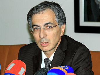 Armenian minister says Carrefour arrival will cut prices of many goods