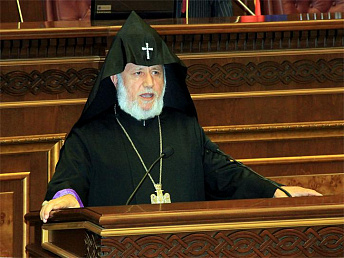 Catholicos of all Armenians congratulated Sargsyan on re-election